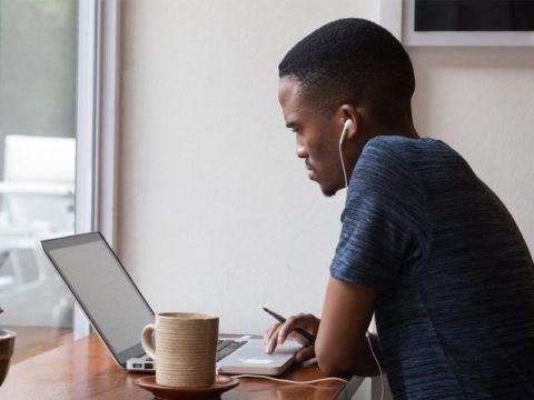 5 motivos para investir em um curso on-line na área de gestão pública